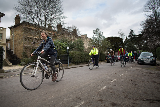 Women in Oxford bike tour. Photo credit: Bjorn Eiben.